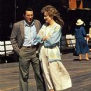 Meryl Streep and Robert De Niro in Falling in Love (1984) - 454 x 561