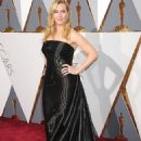 Kate Winslet At The 88th Annual Academy Awards (2016) - Arrivals - 454 x 673