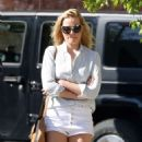 Margot Robbie In Jeans Shorts Shopping In Toronto