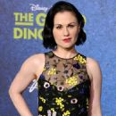 Anna Paquin in The World Premiere of Disney-Pixar's 'The Good Dinosaur' at El Capitan Theatre - 454 x 738