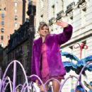 Debbie Gibson – 93rd Macy's Thanksgiving Day Parade in NYC - 454 x 302