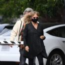 Goldie Hawn – And husband Kurt Russell go out for a lunch in Santa Monica