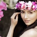 Actress Sana Khan Pictures and photoshoots - 454 x 303