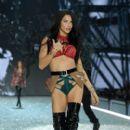 Adriana Lima- 2016 Victoria's Secret Fashion Show in Paris - Show - 400 x 600