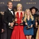 Nicole Kidman : 69th Annual Primetime Emmy Awards - Press Room - 399 x 600