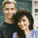 Mark-Paul Gosselaar and Tiffani Amber Thiessen