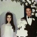 Priscilla Presley and Elvis Presley - 454 x 455