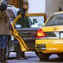 Jennifer Love Hewitt - Shopping In New York City, 2009-02-15