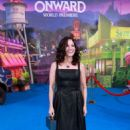 Julia Louis-Dreyfus – Posing at 'Onward' premiere in Hollywood - 454 x 682