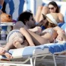 Penn Badgley And Zoe Kravtiz Enjoying A Day At The Beach In Miami