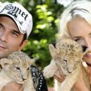 Marc und Sarah im Zoo - 454 x 255