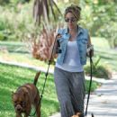 Haylie Duff: out walking her two dogs in Toluca Lake - 453 x 594