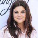 Tiffani Thiessen – The Little Market's International Women's Day Event in Santa Monica - 454 x 568