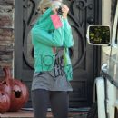 Ashley Tisdale: Leaving her parents' house