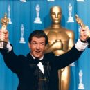 Mel Gibson At The 68th Annual Academy Awards (1996) - 454 x 362