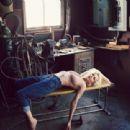 Michelle Williams - Vogue Magazine Pictorial [United States] (October 2011)