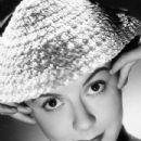 Dorothy Tutin - 433 x 619