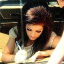 Priscilla Presley - 454 x 446