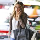 Ashley Tisdale: Leaving Coral Tree Cafe