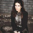 Laura Pausini - A Magazine Pictorial [Italy] (2 February 2012)