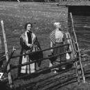Paimen, piika ja emäntä (1938) - 454 x 327
