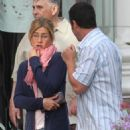 """Jennifer Aniston - On The Set Of """"Just Go With It"""" On Rodeo Drive In Beverly Hills - March 22, 2010"""
