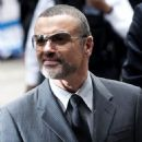 George Michael Thanks his Doctors - 454 x 726