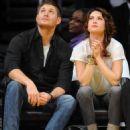 Danneel Harris at Lakers Game with husband Jensen Ackles in Los Angeles, CA - Nov 24 2010