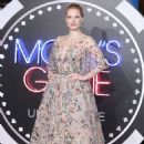 Jessica Chastain – 'Molly's Game' Premiere in London - 454 x 659