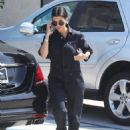 Kourtney Kardashian: take her daughter to dance class in Tarzana