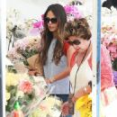 'Furious 7' actress Jordana Brewster went to the farmer's market with her family in Los Angeles, California on August 21, 2016 - 454 x 482