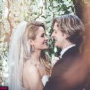 Ice Dancers Charlie White and Tanith Belbin Say 'I Do'