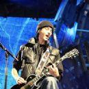 Tokio Hotel Rocks Hamburg - 454 x 726