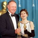 Gene Hackman and Marisa Tomei At The 65th Annual Academy Awards (1993) - 454 x 333