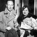 Merle Oberon and Leslie Howard