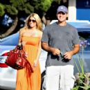 Jessica Simpson Pays A Surprise Visit To Tony Romo, 2008-07-29 - 454 x 703