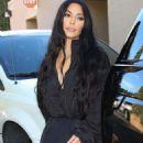 Kim Kardashian – Shopping at Sap and Honey in Sherman Oaks