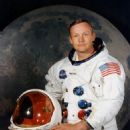 Neil Armstrong - 454 x 536