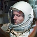 Neil Armstrong - 360 x 450