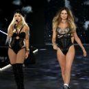 Behati Prinsloo – 2018 Victoria's Secret Fashion Show Runway in NY - 454 x 543