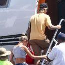 Hailey Baldwin and Justin Bieber – Board a private jet in Miami