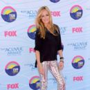 Cat Deeley arrives at the 2012 Teen Choice Awards at Gibson Amphitheatre on July 22, 2012 in Universal City, California