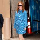 Julianne Moore – Arrives at Kelly And Ryan show in New York City - 454 x 662