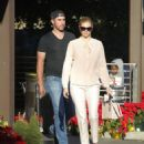Kate Upton – Shopping at the CVS with Justin Varlander in Beverly Hills - 454 x 560