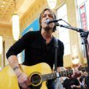 Keith Urban's Surprise Amtrak Concert
