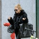 Mary Kate Olsen: shopping in the Soho neighborhood of New York City