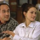 Julia Roberts and Christopher Meloni