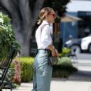 Natalie Portman – Out in Los Angeles