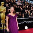 Natalie Portman's 2011 Academy Awards Arrival