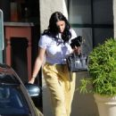 Ariel Winter in Yellow Pants – Out in Los Angeles - 454 x 621